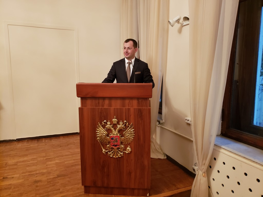 Аветик Арутюнян, Во время выступления